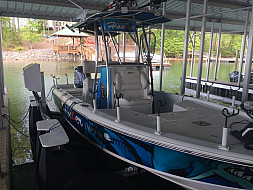 4400 Harbor Hoist setting under a 22' Sea Hunt - Lake Norman, NC