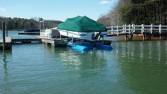 8000 L 3 Tank Refurbished under 26' Deck Boat - Lake Norman, NC