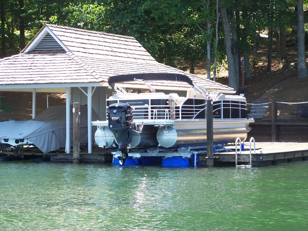 6600 Ultra setting under a 2375 Bennington - Lake Norman, NC