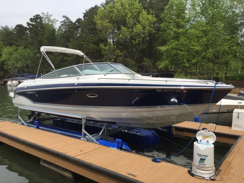 8800 Ultra setting under a 26' Formula - Lake Norman, NC